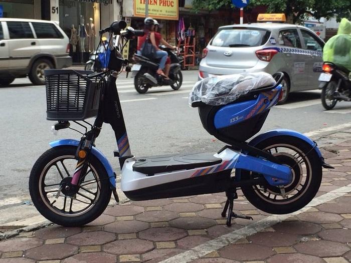 Xe đạp điện Giant M133 Mini xanh dương