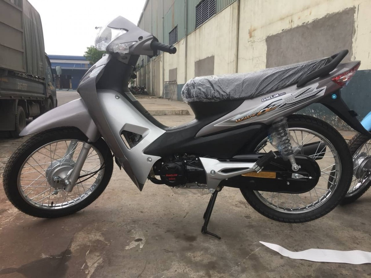 xe-may-50cc-wave-dealim-vanh-duc-phanh-dia